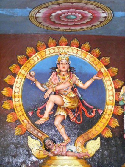 Shiva Nataraja, le Shiva danseur qui crée et détruit les mondes par sa danse cosmique